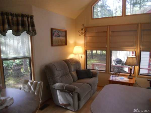 325 Sq Ft Tiny Cottage For Sale 0010