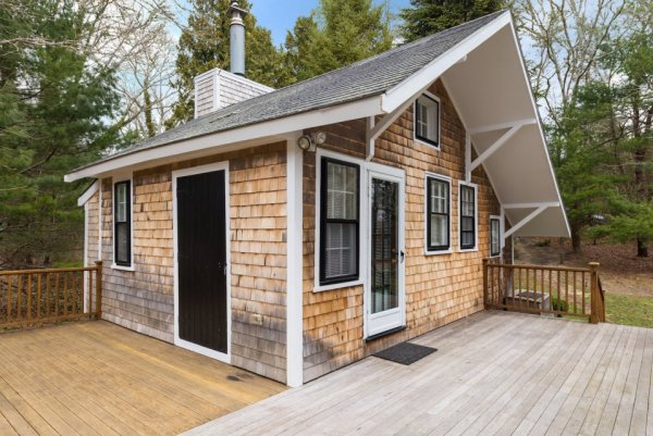 348 Sq. Ft. Cottage on Cape Cod 0015
