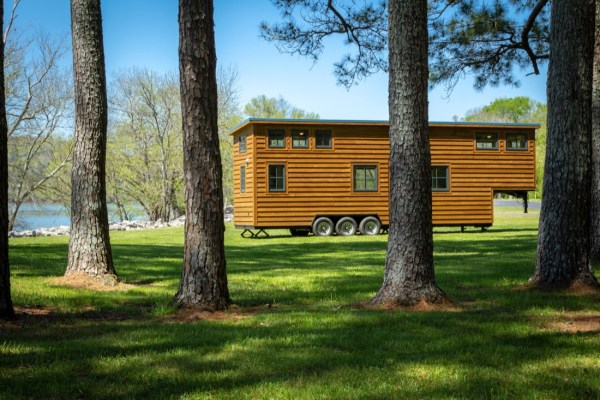 35ft CedarHouse by Timbercraft Tiny Homes EXTERIOR 0018