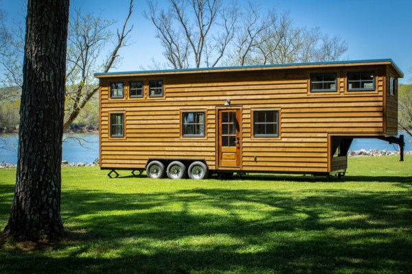 35ft CedarHouse by Timbercraft Tiny Homes EXTERIOR 0026