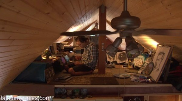 364-sq-ft-tiny-homes-built-with-recycled-materials-007