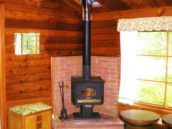 384-sq-ft-tiny-cabin-for-sale-0005a