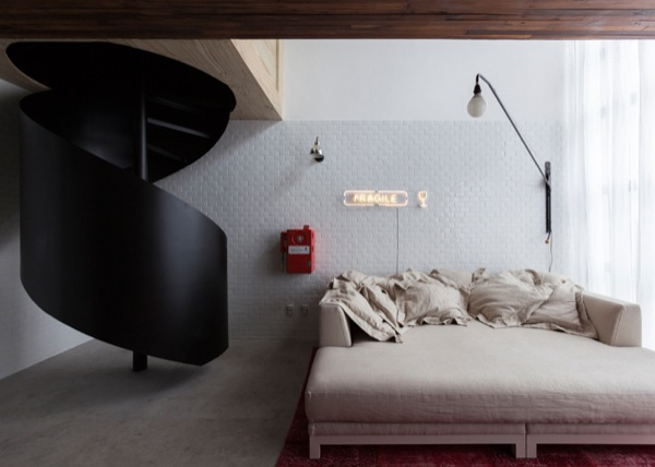 387-sq-ft-2-story-micro-apartment-in-brazil-005