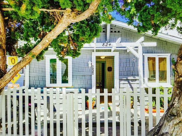 410-sq-ft-beach-cottage-in-san-diego-001