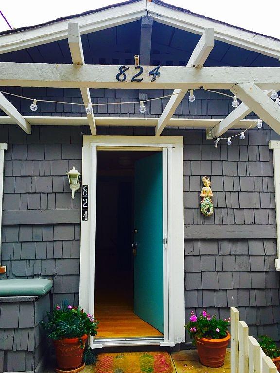 410-sq-ft-beach-cottage-in-san-diego-002