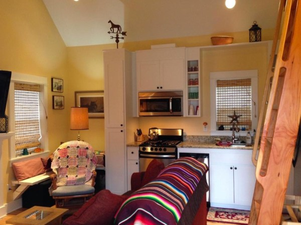 416 SF Oregon Cottage 004