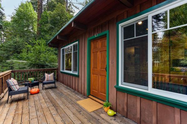 420-sq-ft-ben-lomond-cabin-003