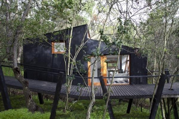 Boardwalk Modern Cabin Called Casa Quebrada In Chile