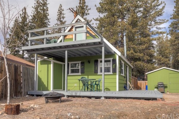 461sf Tiny Cottage in Fawnskin CA For Sale 0022