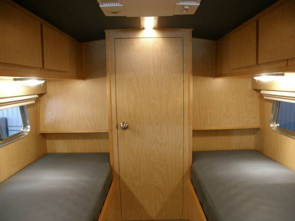 49-flxible-clipper-bus-motorhome-conversion-for-sale-0010