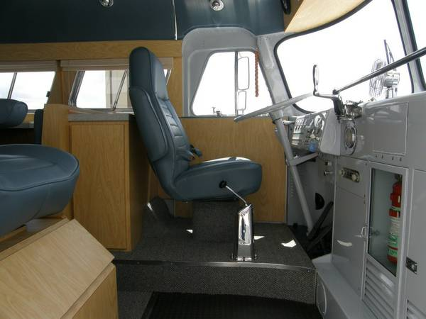 49-flxible-clipper-bus-motorhome-conversion-for-sale-003