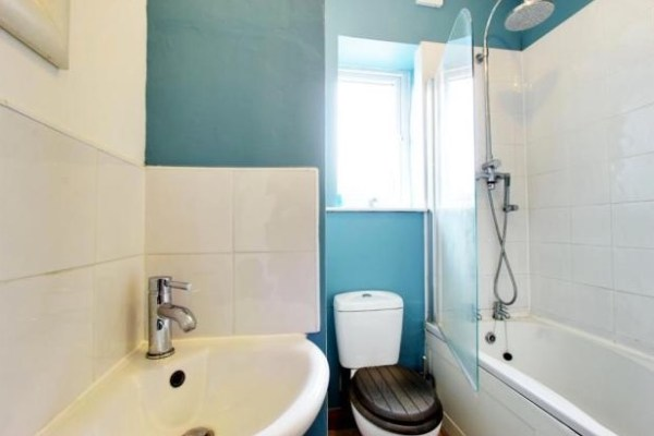 500 Sq Ft Cottage For Sale in Yorkshire Village 004