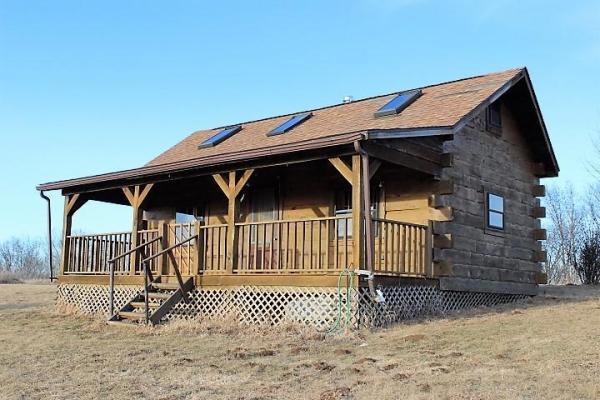 500sf Tiny Log Cabin in Viola WI For Sale 001