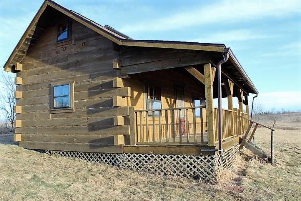 500sf Tiny Log Cabin in Viola WI For Sale 0010