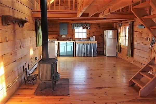 500sf Tiny Log Cabin in Viola WI For Sale 005