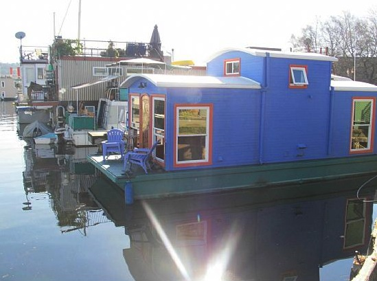 550-sq-ft-housebarge-houseboat-in-seattle-for-sale-0014