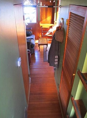 550-sq-ft-housebarge-houseboat-in-seattle-for-sale-008