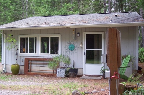576 Sq Ft Studio Cabin For Sale 001