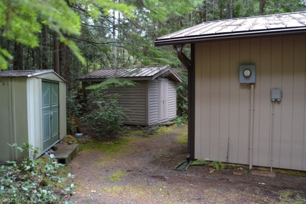 580 Sq. Ft. Tiny Cabin For Sale in Hoodsport, WA 0017