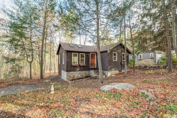 595-sq-ft-boxborough-cottage-001