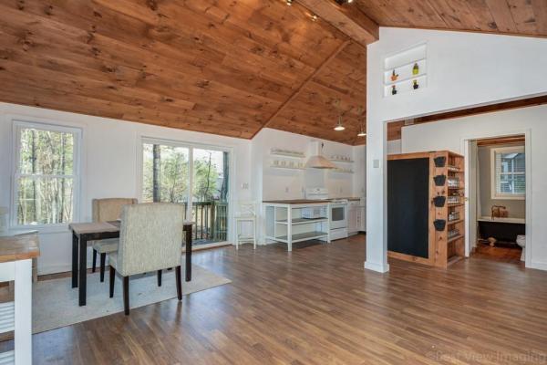 595-sq-ft-boxborough-cottage-003