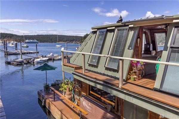 600sf Floating Cottage in San Juan Island 0019