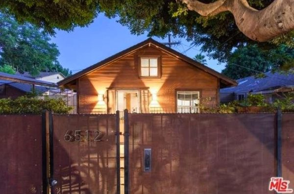 603-sq-ft-hollywood-bungalow-001