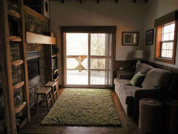630-sq-ft-parrotsville-cottage-010