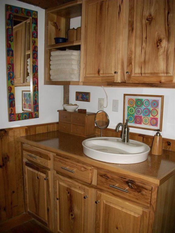630-sq-ft-parrotsville-cottage-012