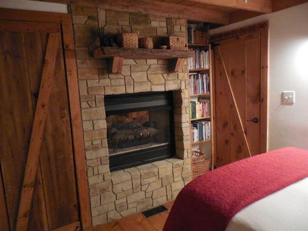 630-sq-ft-parrotsville-cottage-016