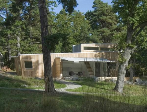 646-Sq-Ft-Modern-Cabin-Sweden-001