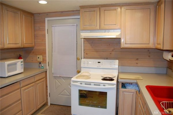 720 Sq Ft Cabin in Hoodsport For Sale 0014