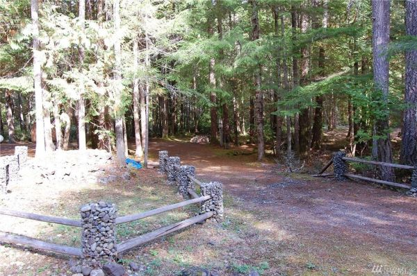 720 Sq Ft Cabin in Hoodsport For Sale 0022