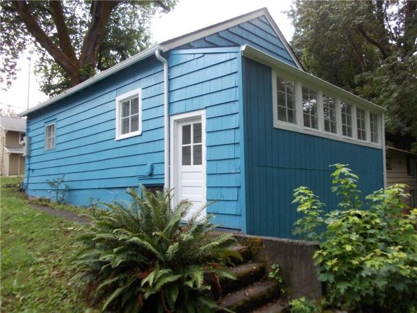 748 Sq. Ft. Cottage For Sale with Great Potential in Olympia 0022