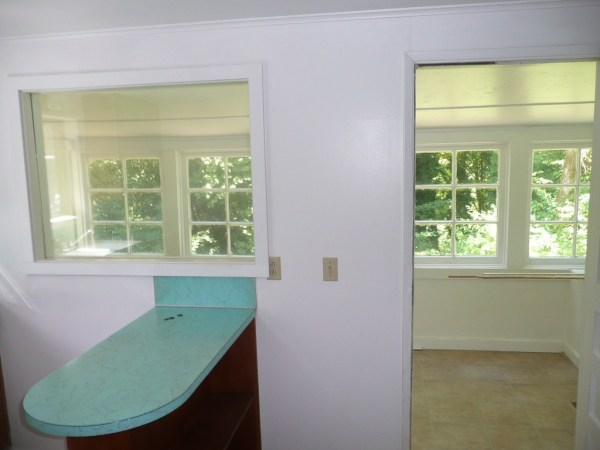 748 Sq. Ft. Cottage For Sale with Great Potential in Olympia 008