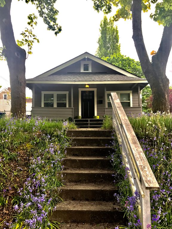 776 sq ft cottage in olympia for sale for Tiny house zillow