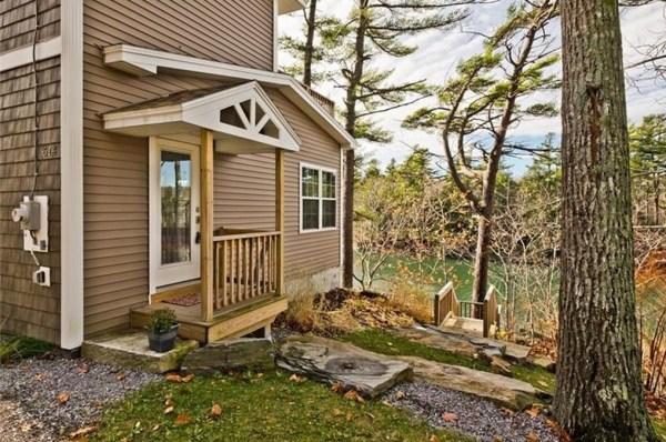 845-sq-ft-waterfront-cabin-in-brunswick-002