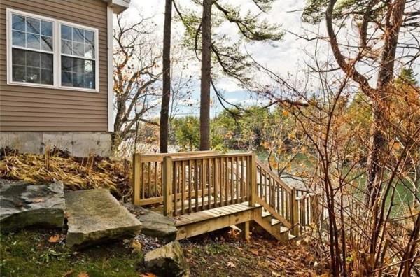 845-sq-ft-waterfront-cabin-in-brunswick-016