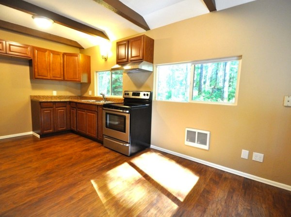 867-cabin-for-sale-005