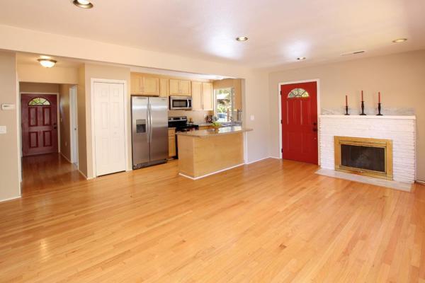 880-sq-ft-scotts-valley-cottage-003
