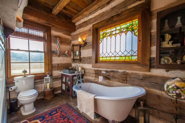 896-sq-ft-poolside-timber-cabin-by-heritage-barns-0010