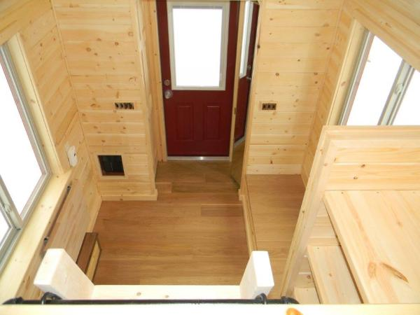 8x22 Tiny Cabin on Wheels 002