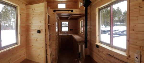 8x22 Tiny Cabin on Wheels 004