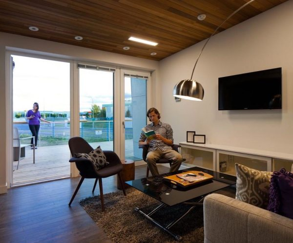 915-sq-ft-small-house-for-roommates-solar-decathlon-2013-borealis-0017