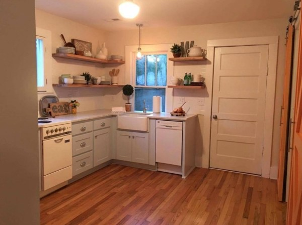 950 Sq. Ft. Renovated Small Cottage in St. George, SC