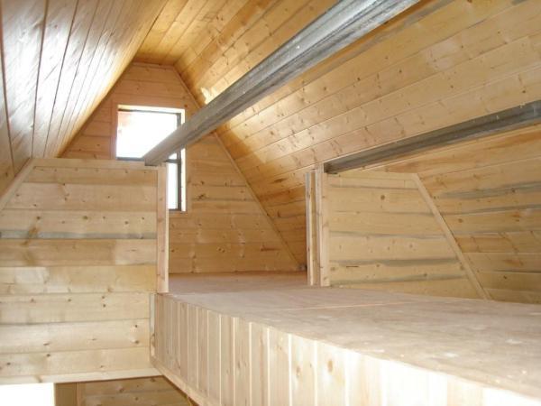 a-frame-tech-tiny-house-005