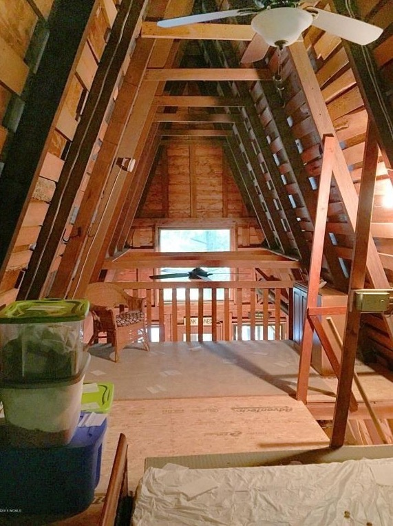 A-frame Cabin For Sale in Fort Ann 006