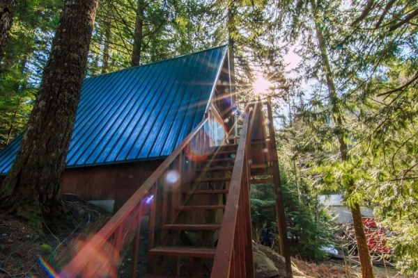 A-frame Cabin For Sale in Skykomish, WA 0011