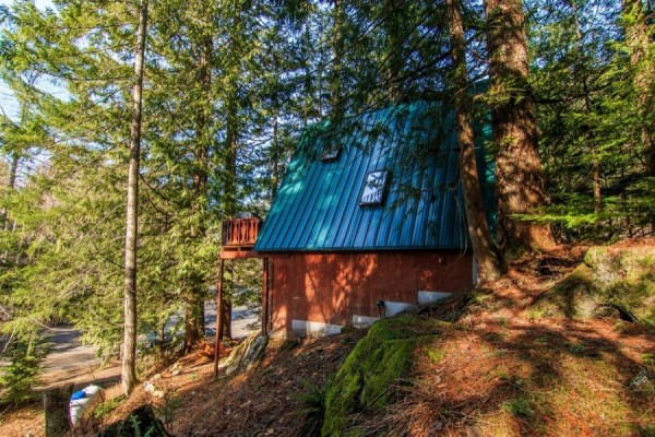 A-frame Cabin For Sale in Skykomish, WA 0044