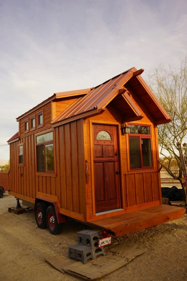 Aarons Tiny House 001